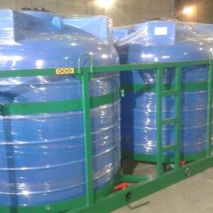 Пластиковые емкости для перевозки жидких сред