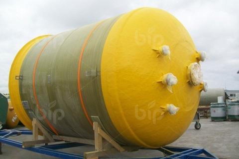 Резервуар из стеклопластика для химических веществ