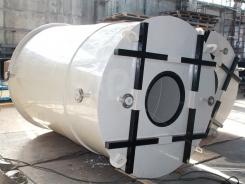 Пластиковый резервуар вертикальный цилиндрической формы